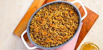 Receita de Arroz com lentinha e cebola caramelizada para trazer criatividade para o arroz branco